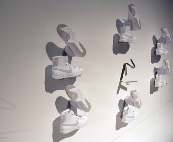 wall mounted shoe rack plans