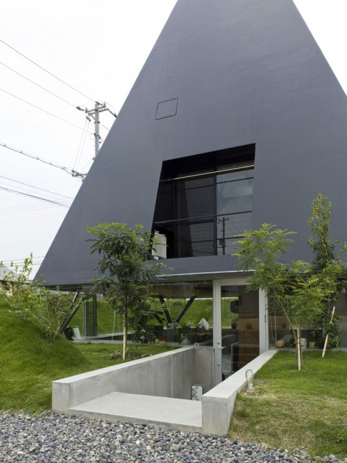 House_in_Saijo_by_suppose_architecture3